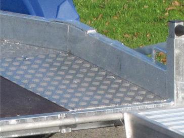 Chemin de roulement aluminium anti-dérapant