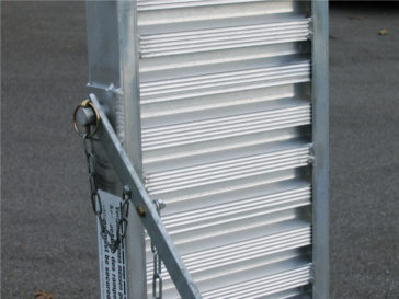 Aluminium ramps adjustable in length.